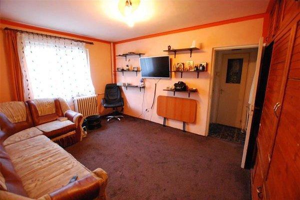 Apartament cu 2 camere de vânzare în Brașov