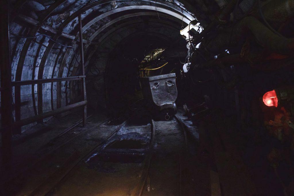 În interiorul Minei Uricani