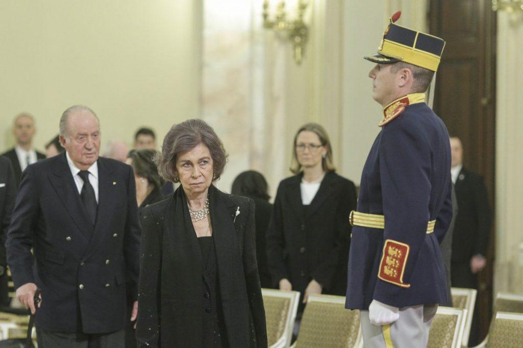 Monarhii Europei la catafalcul Regelui Mihai. Regele Juan Carlos și Regina Sofia au ajuns la Palatul Regal