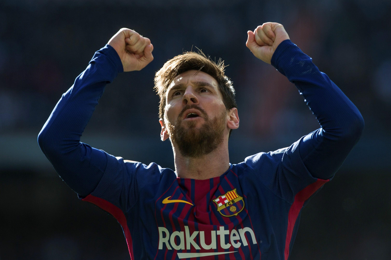 Lionel Messi exultă după golul marcat pentru Barcelona în meciul cu Real Madrid, din 23 decembrie 2017. (FOTO: EPA)