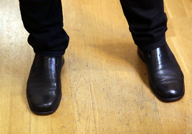 EXCLUSIV/Secretul succesului lui Hrușcă: la concerte poartă aceeași pantofi de 20 de ani