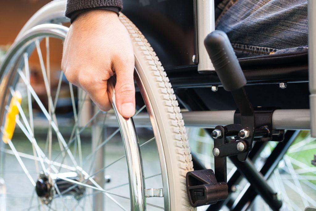 S-a aprobat o nouă procedură privind pensionarii cu handicap