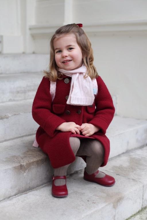 prințesa Charlotte în prima zi de grădiniță