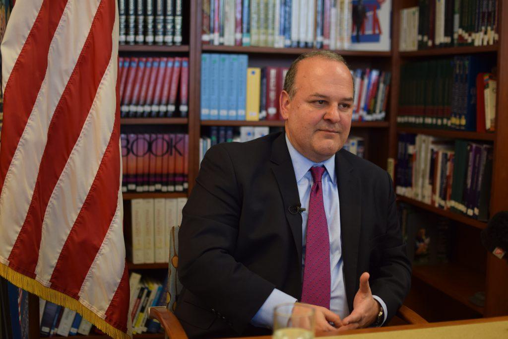 VIDEO | Interviu cu Thomas K. Yazdgerdi, emisarul special al Statelor Unite pentru Holocaust. Extremismul câştigă teren în Europa
