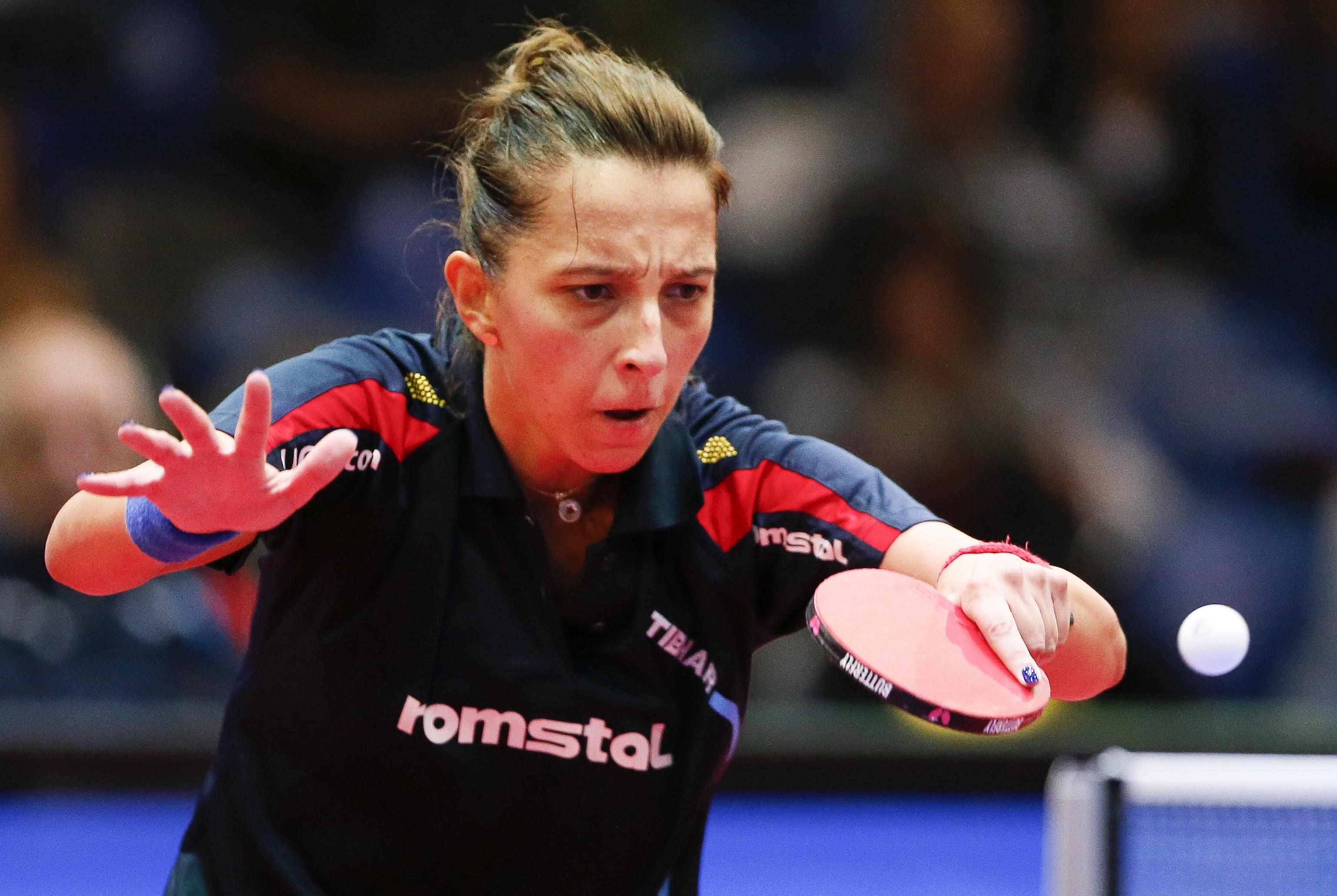 Elizabeta Samara, cea mai bună jucătoare de tenis de masă a României, se teme doar de chinezoaice în drumul spre p eventuală medalie la Campionatul Mondial din acest an. (FOTO: EPA)