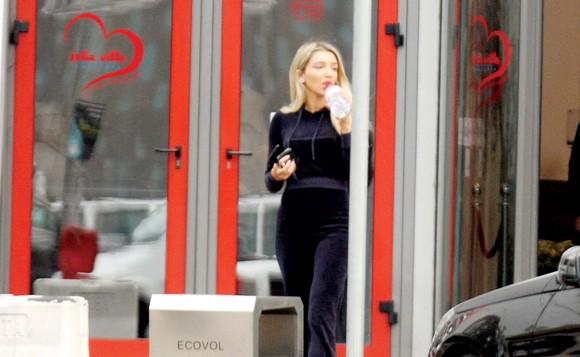 Fiica lui Gigi Becali face senzație pe străzile din Capitală. Cât de bine arată Alexandra