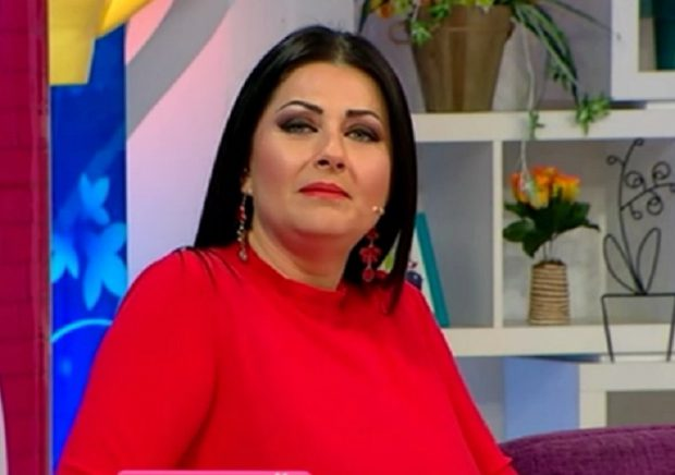 Cât câștigă Bianca Drăgușanu la emisiunea la care i-a luat locul Gabrielei Cristea. Ia de patru ori mai puțin decât rivala ei