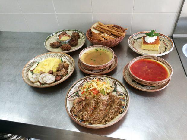 EXCLUSIV/De ziua poetului national, un bucătar a încercat să recreeze un prânz al anului 1885. Meniul preferat al lui Eminescu!