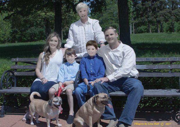 """Surpriza unei familii, care a angajat un fotograf profesionist pentru un album: """"Nu am mai râs așa de ani buni! Nu este o glumă"""""""