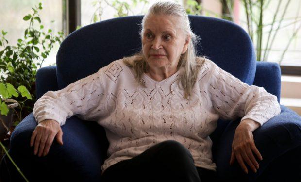 EXCLUSIV/Zina Dumitrescu, dată complet uitării de fiul plecat în Elveția: «Nu m-a întrebat nimic de ea»