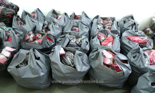 În doar câteva zile, polițiștii de frontieră au confiscat marfuri contrafăcute aduse din Turcia în valoare de peste un milion și