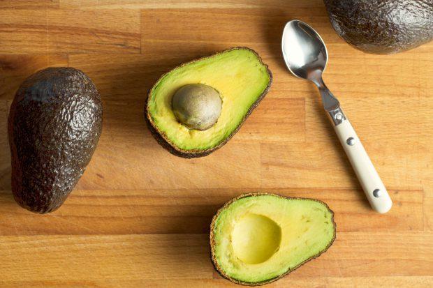Cum se mănâncă avocado. Ce calități nutritive are