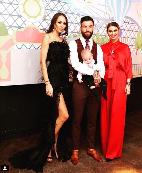 Fotbalistul Gabriel Enache și-a botezat băiețelul. Nașa Anamaria Prodan a atras toate privirile. Cum s-a îmbrăcat impresara la petrecere