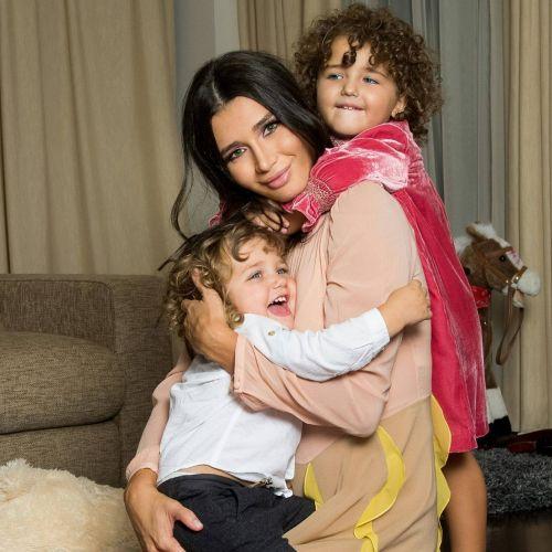 FOTO | Elena Băsescu este însărcinată cu al treilea copil