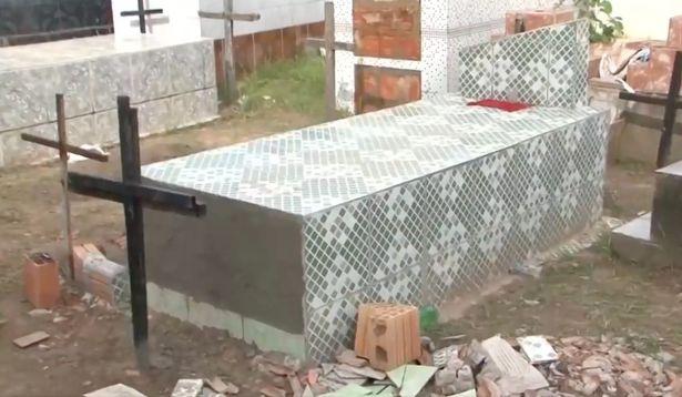 O femeie din Brazilia a fost îngropată de vie