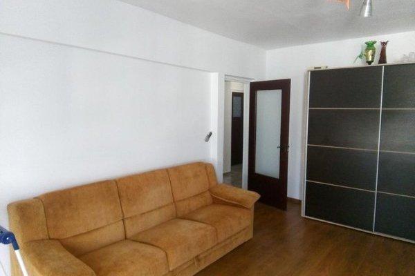 locuinte de închiriat. apartament cu 3 camere de închiriat în cartierul Aviației