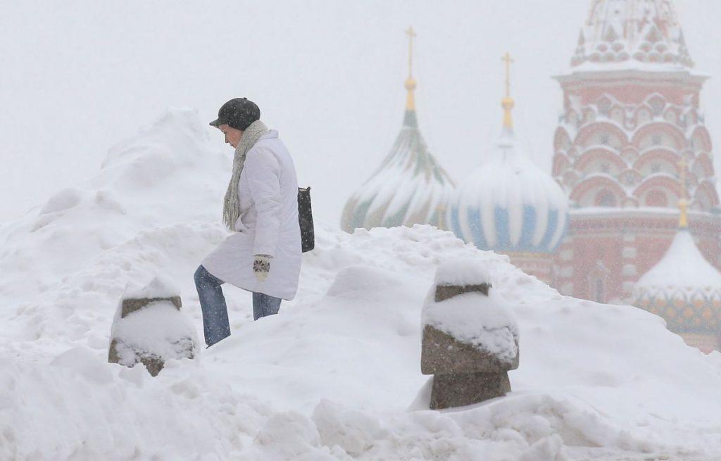 Record de zăpadă în Moscova. Nu a mai nins niciodată atât de mult în capitala Rusiei