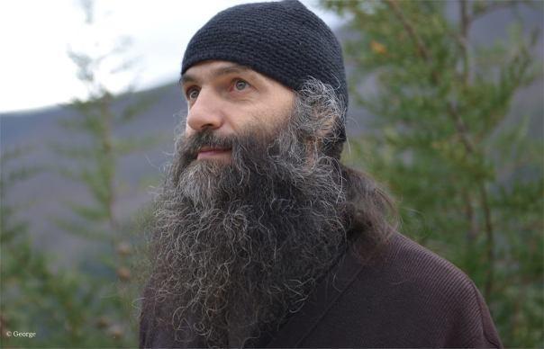 Părintele Pimen, de la Muntele Athos (FOTO: stirilekanald.ro)