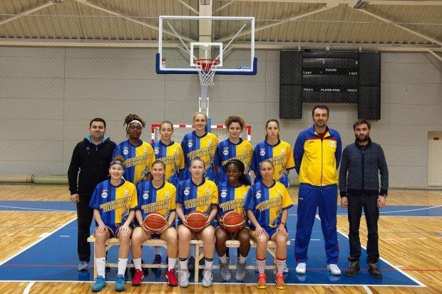 """Scandal la meciul de baschet feminin CSU Brașov - CSBT Alexandria: """"I-au rupt dinții și arbitrii n-au văzut nimic. O să-i dăm în judecată"""""""