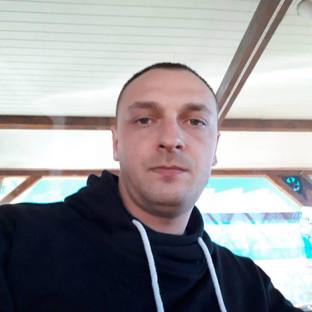 Bărbat, găsit mort pe o stradă din Pitești