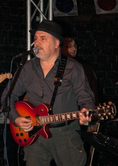 EXCLUSIV/ Actorul Eugen Cristea într-un nou rol, de bluesman! Va cânta cu formația Blue Spirit