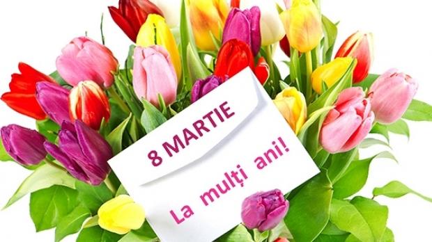 Felicitări de 8 martie- Buchet cu lalele colorate înfloriite alături de un text cu o urare de 8 martie