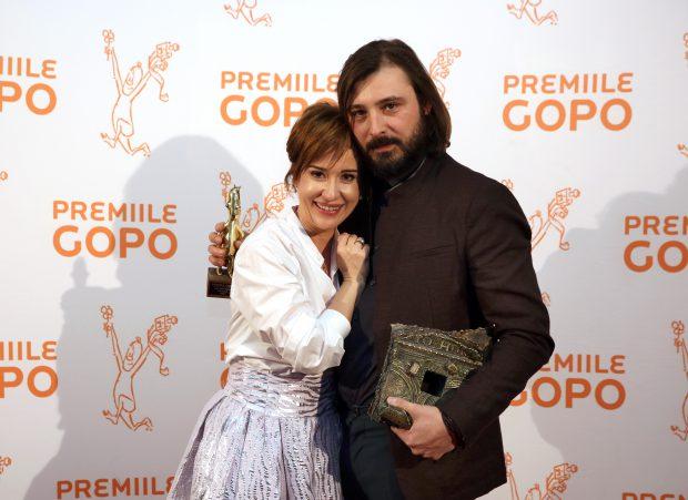 EXCLUSIV VIDEO / Medeea Marinescu joacă într-un film alături de fiul ei, Luca
