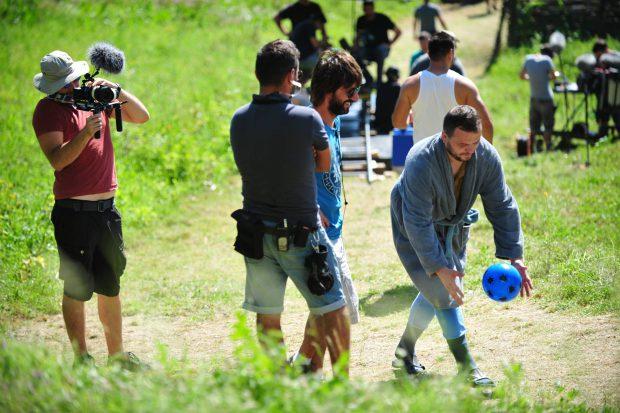 Leonid Doni, polițistul Robi din Las Fierbinți, joacă într-un film cu Armand Assante. E pacient într-un spital de nebuni