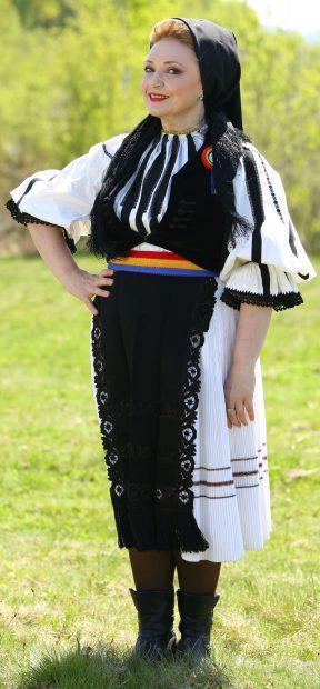 Mihaela Tatu la Ferma vedetelor
