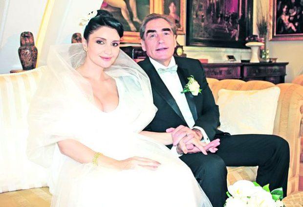 Petre Roman și Silvia Chifiriuc, la nunta lor din 2009/FOTO - Arhiva personală