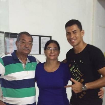 Walace și părinții lui. Valdemiro Da Silva a fost un fotbalist uriaș