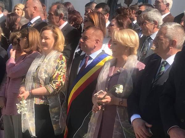Cum comunică preşedintele României cu premierul. Legile nescrise ale palatelor Cotroceni şi Victoria