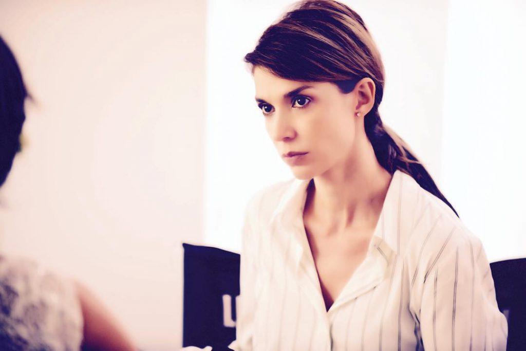 Alina Chivulescu a acceptat să apară complet nemachiată