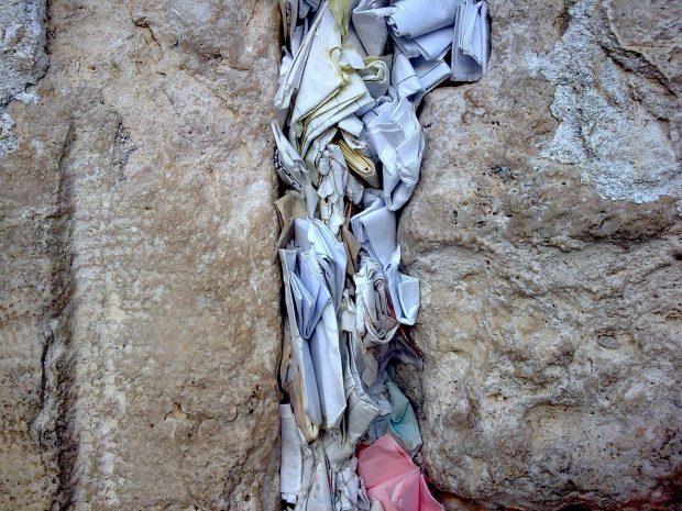 FOTO EXCLUSIV | Alegerile FRF 2018 au fost câștigate cu ajutor divin! S-au rugat la cine trebuie, nu la Liviu Dragnea!