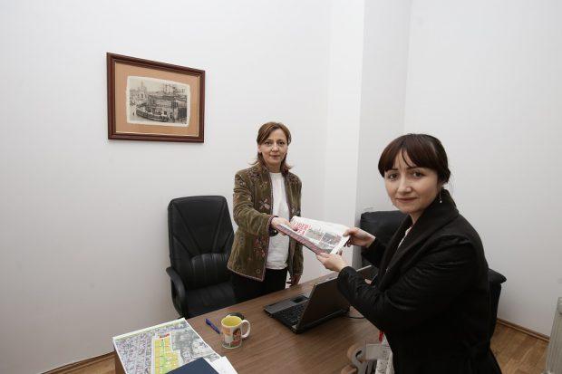 Primăriile au primit ediția specială Libertatea de Pipera'
