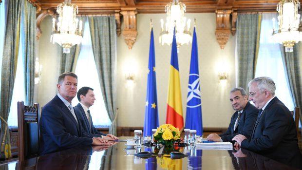 UPDATE. A început întâlnirea președintelui Iohanis cu conducerea BNR; Vineri, discuții cu premierul Dăncilă, pentru medierea conflictului instituțional