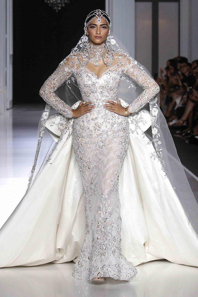 Cine creează rochia de mireasă a lui Meghan Markle