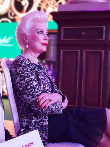"""Viața la Paris a modelului senior Rodica Paleologue, românca despre care copiii din cartier scriu compuneri: """"Sunt contesa străzii Daguerre!"""""""