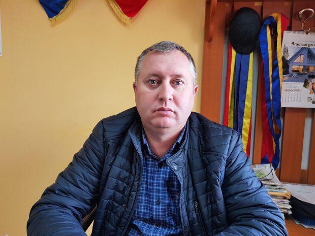 Didi Alexandroae, primarul comunei Oșești