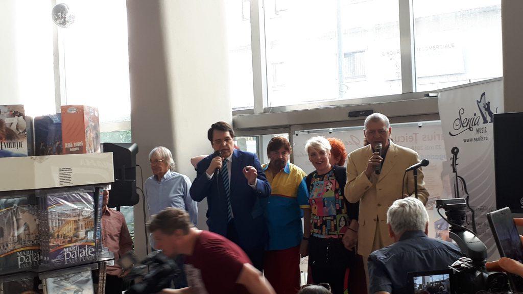 """VIDEO EXCLUSIV/ Artiștii """"Epocii de Aur"""" au venit să-l susțină pe Marius Țeicu! Compozitorul încearcă să-și revină după moartea fiicei sale"""