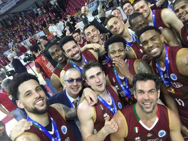 Finala FIBA Europe Cup 2018 la baschet masculin. Venezia a trecut de Avellino și a cucerit trofeul   VIDEO
