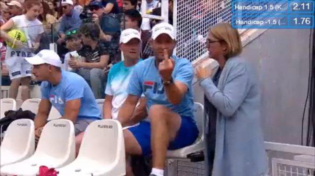 Karolina Pliskova a rupt scaunul arbitrului lovindu-l cu racheta. Scandalul anului în tenis / VIDEO