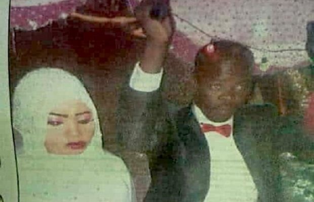 Imagine cu Noura Hussein de la nunta cu vărul ei  (foto Twitter)