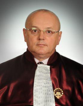 ANALIZĂ/ CCR, arbitrul între partide. Cine sunt judecătorii care s-au opus revocării șefei DNA şi cât de politizată este Curtea