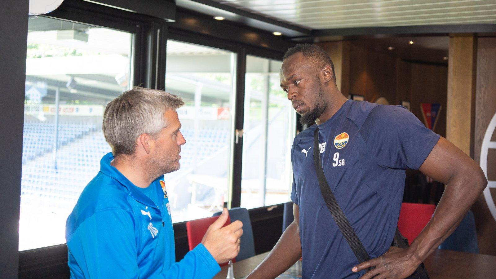 Usain Bolt se antrenează cu echipa norvegiană Stromsgodset   VIDEO