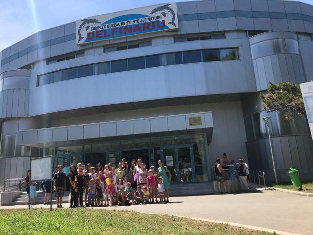 Prima vacanţă la mare pentru 30 de copii şi adulţi din familii sărace, din Braşov
