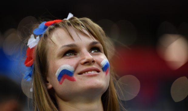 Bombe sexy, la meciul de deschidere de la Campionatul Mondial de fotbal Rusia 2018 / FOTO