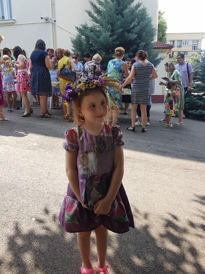 Fetița Oanei Roman a terminat grădinița. Ce frumoasă a fost Isabela la serbare