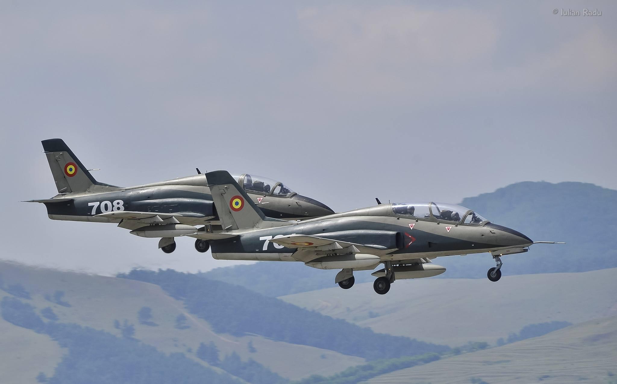OPINIE / Doliu de Ziua Forțelor Aeriene Române. MIG-urile 21 și avioanele IAR 99 Șoim, consemnate la sol