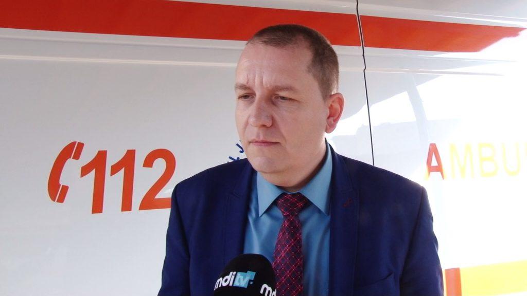 EXCLUSIV/ Cine e asistenta care a bruscat un nou-născut la Spitalul Judeţean din Târgovişte. Este însărcinată în patru luni